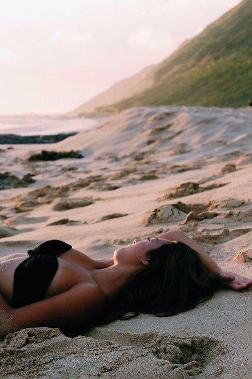 Ⓓ ...mal wieder im Sand liegen und den Wellen lauschen .. ☼