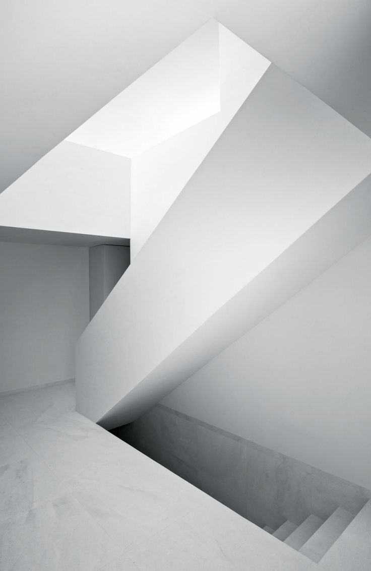 Fran Silvestre Arquitectos | House on the Castle Mountainside | Ayora, Spain