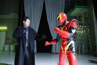 Film Jepang Mr. Max Man bercerita tentang Masayoshi adalah penyiar muda yang bekerja di sebuah stasiun penyiaran selama 3 tahun. Dia adalah presenter sekunder untuk program informasi pagi, tapi dia selalu membuat kesalahan. Masayoshi naksir rekan kerjanya bernama Yuko (Mizuki Yamamoto), yang dikenal sejak ia masih kecil, tapi dia tidak bisa lebih dekat dengannya. Suatu hari, ia mendapatkan sebuah kekuatan super yang di dapat setelah dia tersambar petir.