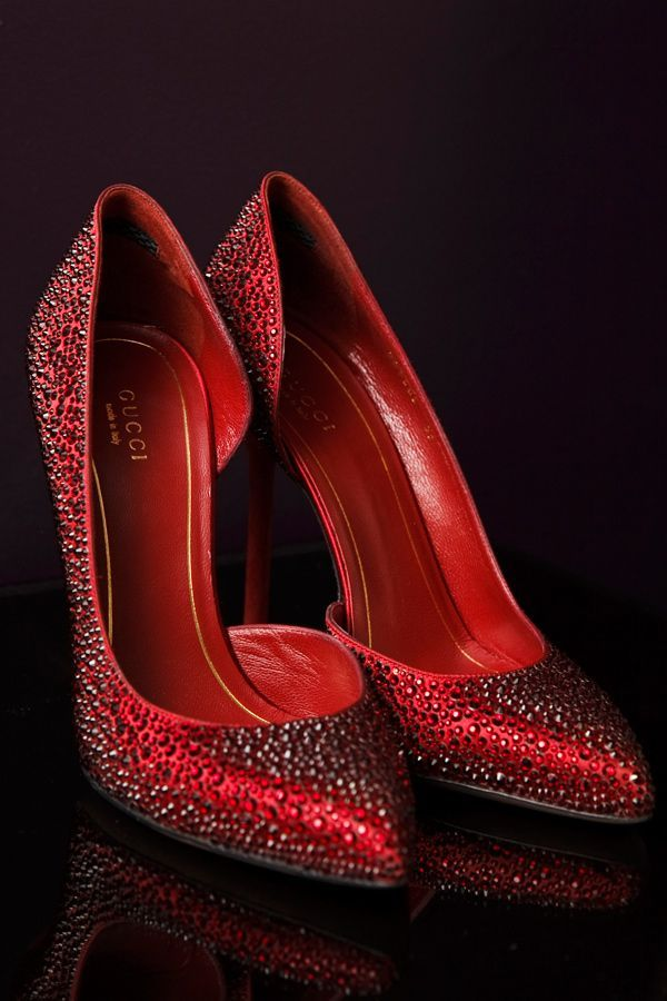 red Gucci wedding shoes - photo by Boyfriend Girlfriend http://ruffledblog.com/elegant-toronto-wedding-inspired-by-dolce-and-gabbana #weddingshoes