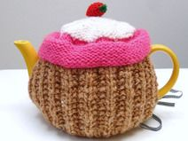 Gebreide theemuts Aardbeientaartje Cupcake