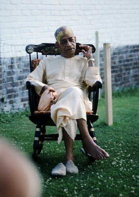 Srila Prabhupada relax