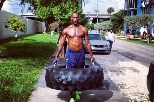 LeBron James' Offseason Workout Involves Carrying Giant Tire
