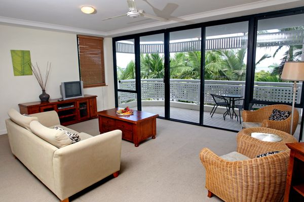 Rydges Esplanade Resort from $139 p/n  Visit http://www.fnqapartments.com/accom-rydges-esplanade-resort/  #cairnstourpackages