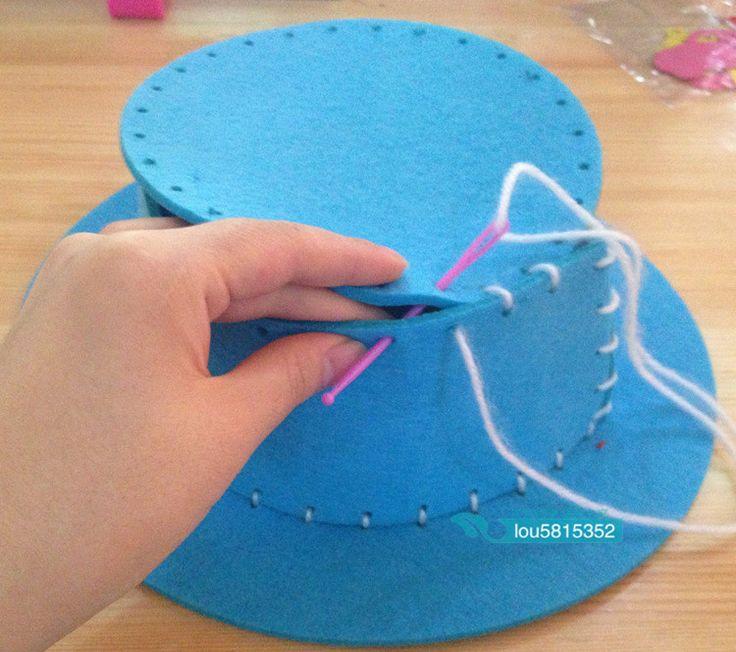 Sombreros de goma eva para fiesta carioca 2