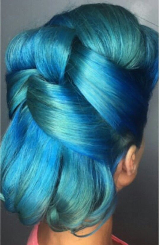 Blue retro dyed vintage rockabilly hair color @1000orbust