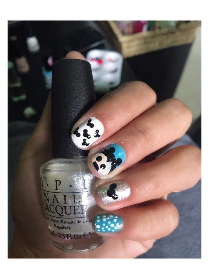25 unique two color nails ideas on pinterest subtle nails nail 41 incredibly cute disney nail art ideas that decry your disney super fan status two color prinsesfo Images
