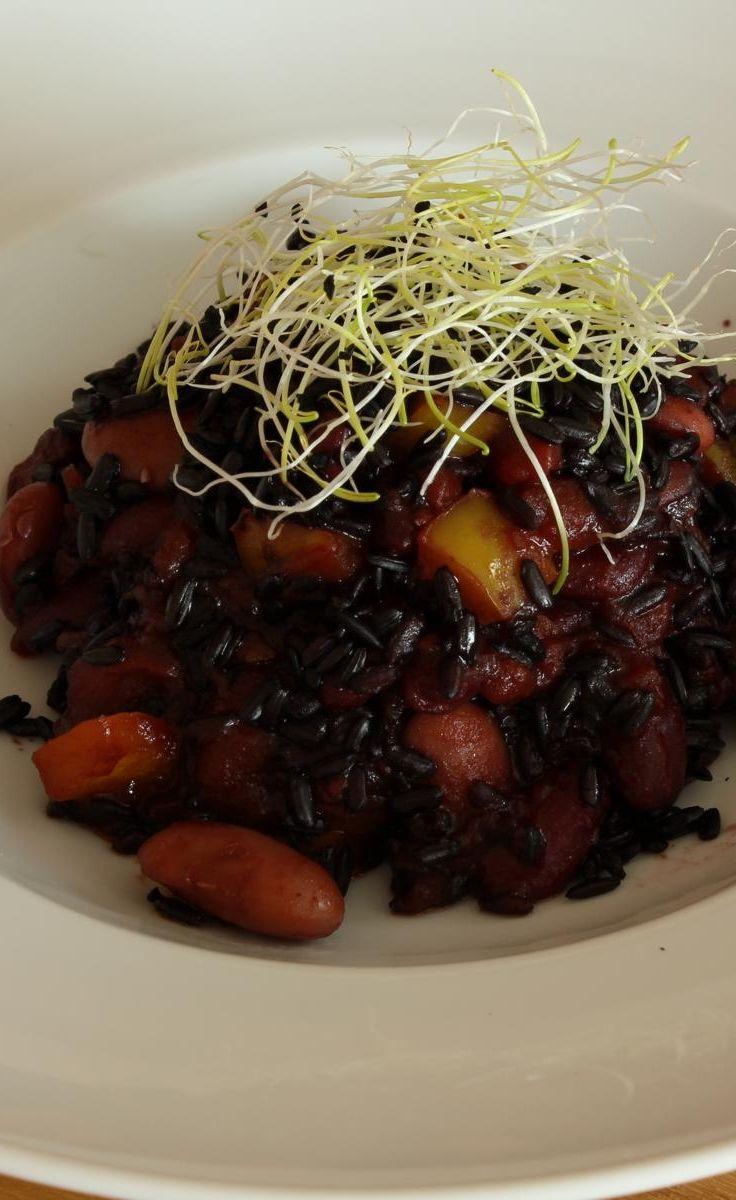 Schwarzer Reis mit roten Bohnen - leckeres Bohnengericht nach Omas Art