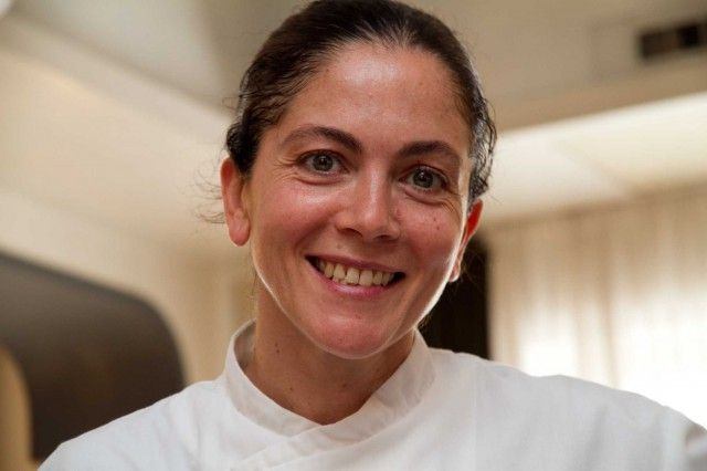 Rosanna Marziale è stata la protagonista della finale di Masterchef Italia 4. Tre ricette, tutte con l'ingrediente preferito della chef stella Michelin a Le Colonne di Caserta: la mozzarella di  >>
