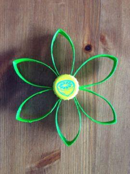 Anleitung: Upcycling-Blüten aus Klopapierollen