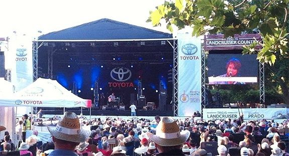 A free concert in the park during Tamworth's Country Music Festival