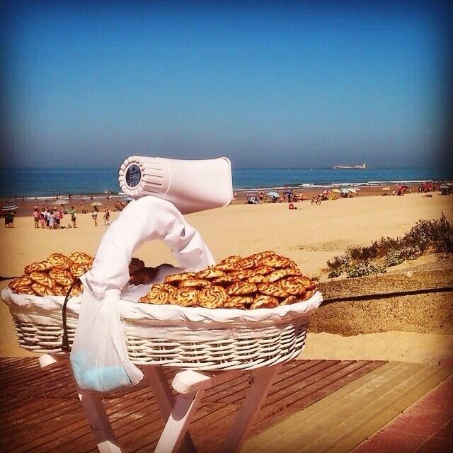 Playa de La Barrosa, Cádiz.  Macarron man.
