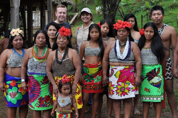 Bella india del amazonas folla con cazadores doble penetracion - 1 3