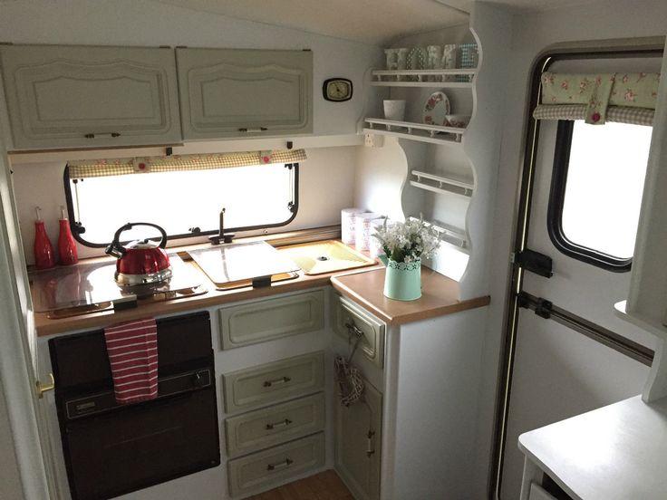 Best 10 shabby chic caravan ideas on pinterest shabby for Interior caravan designs