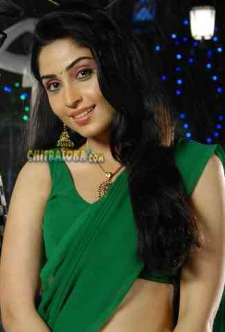 aishwarya nag hot