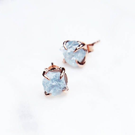 These beautiful earrings feature organic aquamarine gemstones and have been handcrafted in rose gold vermeil. Rose gold vermeil is 14K rose gold-plating over sterling silver. Birthstone of March, aquamarine is known to inspire courage, clarity and success. It is also known to enhance