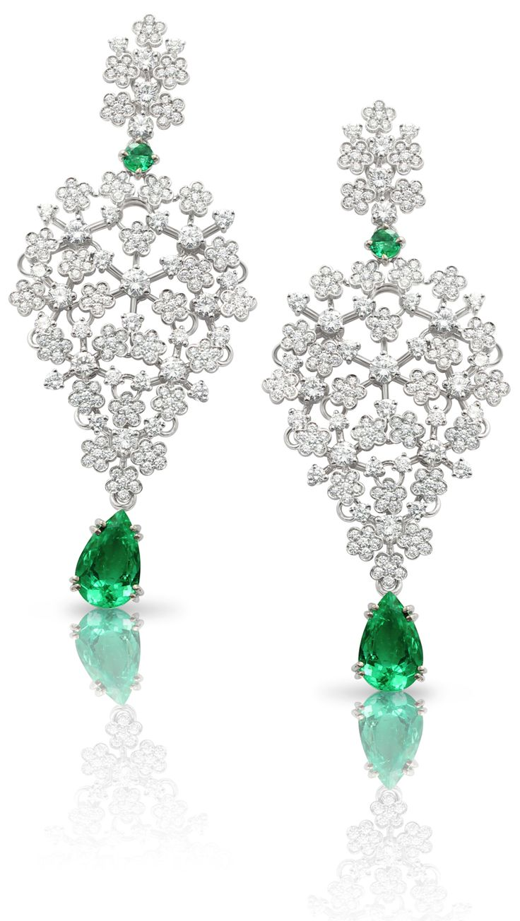 #PratoFiorito, 4th Chackra - #Earrings from « Le Bal Des émeraudes » - #PasqualeBruni - #FineJewelry collection in 18K white gold set with 2 #PearCut - #Emerald (3.62 cts), 2 emeralds and 400 #RoundCut - #Diamonds (4.68 cts) - July 2016