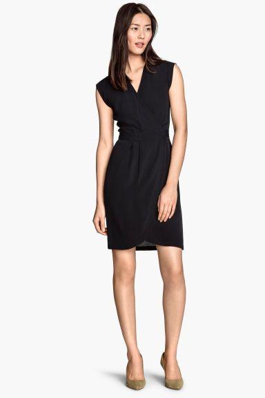 Krepové zavinovacie šaty | H&M