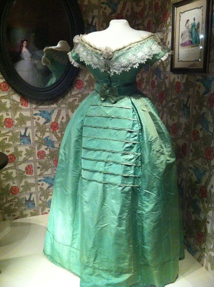 """Arsenic Dress;   From the Bata Shoe Museum's """"Fashion Victims: The Pleasures and Perils of Dress in the 19th Century"""" exhibit.  Definitely the highlight of the collection"""