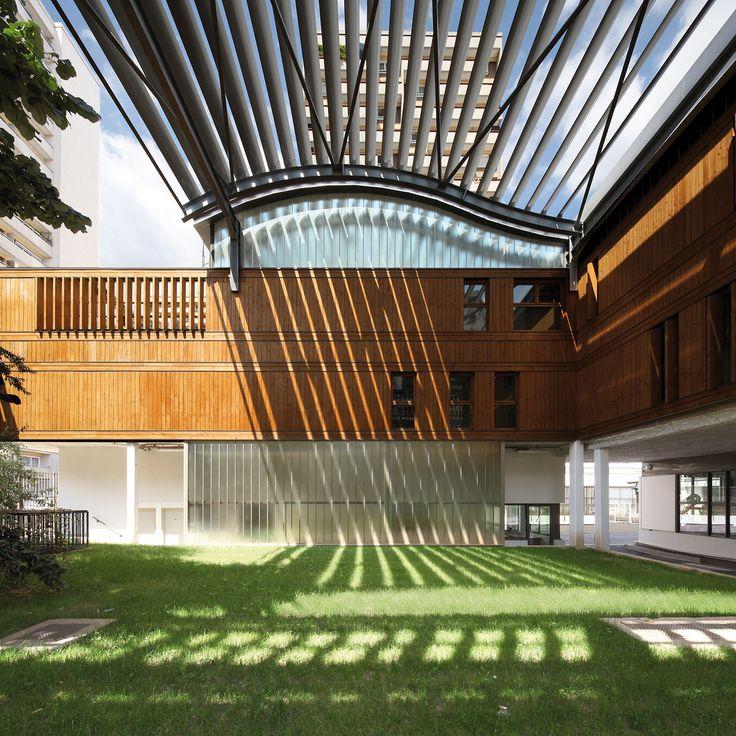 Nursery School and Municipal Workshops / Jean-François Schmit