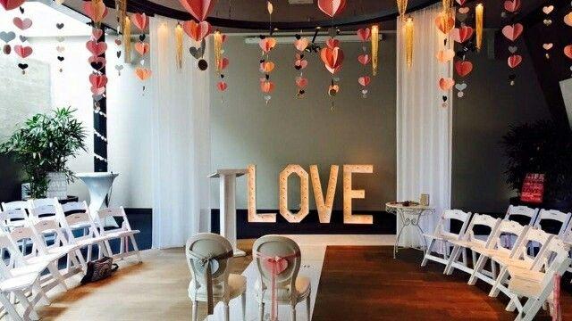 Love, altijd en overal.