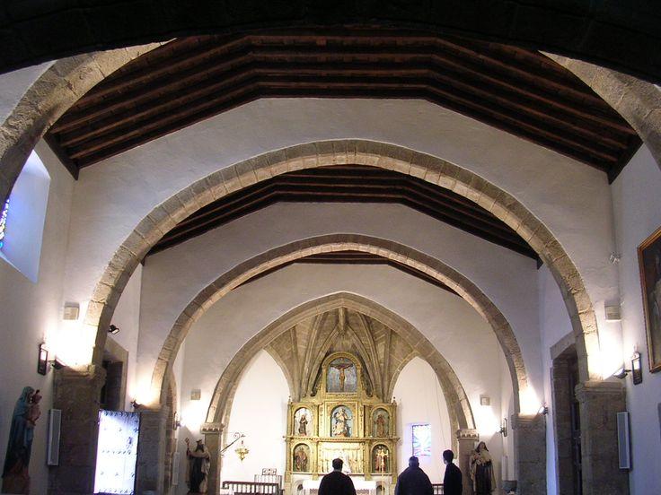 Interior de la Iglesia de la Concepción (Hinojosa de San Vicente) Siglo XVI