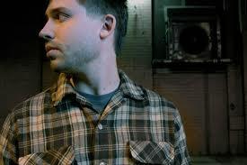 Eliot Lipp - Rap Tight - http://bit.ly/hecQ1.