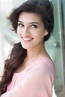 Kriti Sanon Roped In For Mohit Suri's Next - Cine Newz