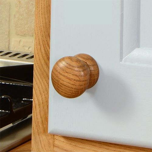 Oak s always been a firm favourite  and solid oak knobs such as this are no28 best Handles images on Pinterest   Door handles  Kitchen  . Oak Cupboard Door Knobs Uk. Home Design Ideas