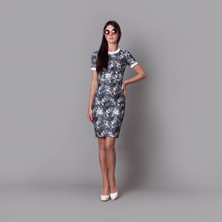 Cocoon Spring - Summer 2015 / Muss collection / Palm print pencil dress with welts.