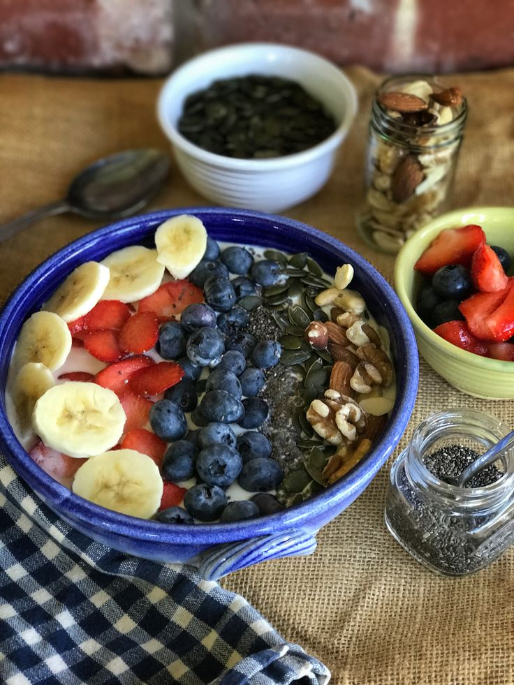 Healthy breakfast bowl recipe. Turn overnight oats into a healthy breakfast bowl by adding berries, nuts, banana and seeds