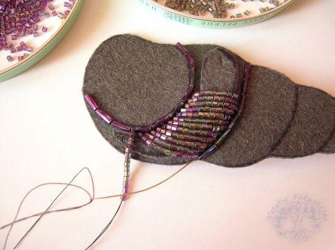 Вышивка бисером: кулон-ракушка