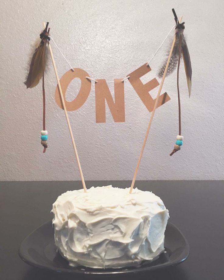 Anson's First Birthday | Pilgrim and Indian party | Tribal | Cake