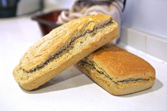 El pan!! tan amado y odiado al mismo tiempo…Pues bien, tengo que decir que este pan esta delicioso y es perfecto(si no te comes 2 barras) para llevar una dieta equilibrada y para perder peso sin abu