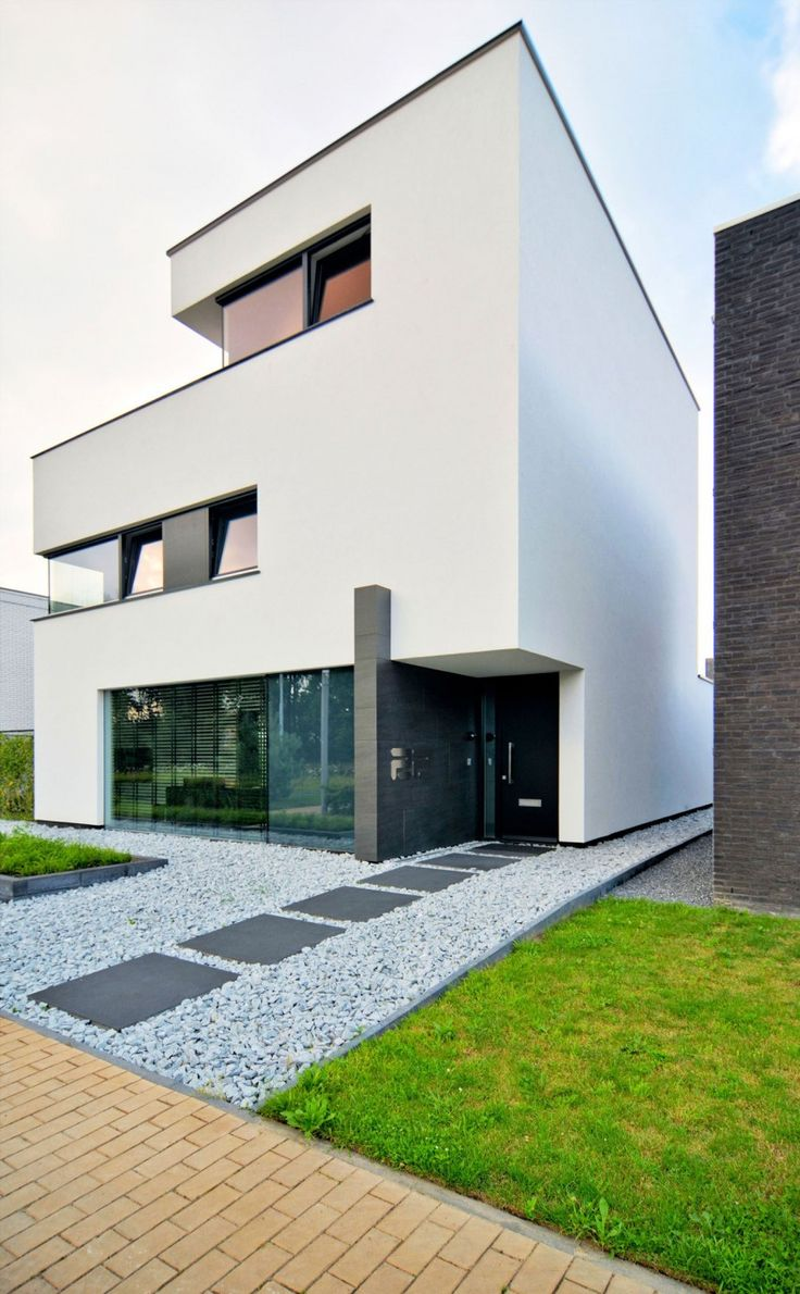 House K&N is a private residence located in Eindhoven, the Netherlands. It was designed by CKX architecten