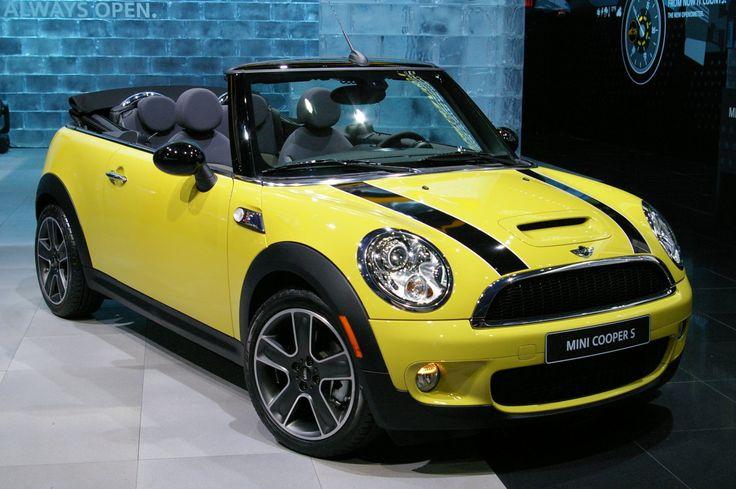 Mini Cooper! My favorite car!!!!  <3