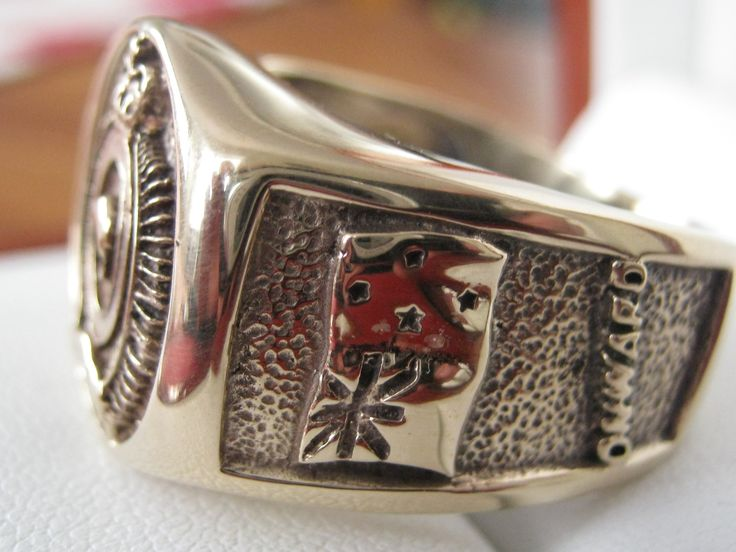 SIGNET RING 3SIGNETS SIDE VIEW NZ FLAG