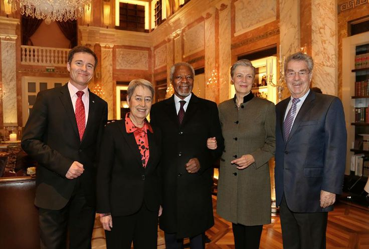 """General Manager Klaus Christandl was honoured to welcome Austrian President Dr. Heinz and Margit Fischer together with H.E. Kofi Annan and H.E. Nane Annan at the recently renovated lobby lounge """"1873 HalleNsalon"""" of the Hotel Imperial last week."""