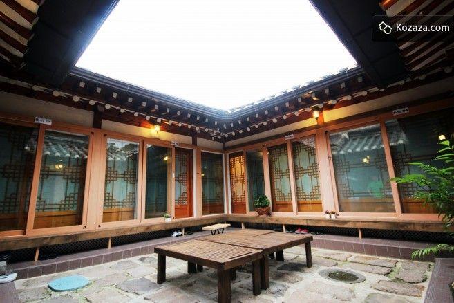 Doo Hanok guesthouse at Bukchon, Seoul