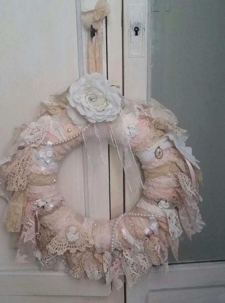 1000 id es sur le th me arrangements floraux de no l sur for Couronne shabby chic