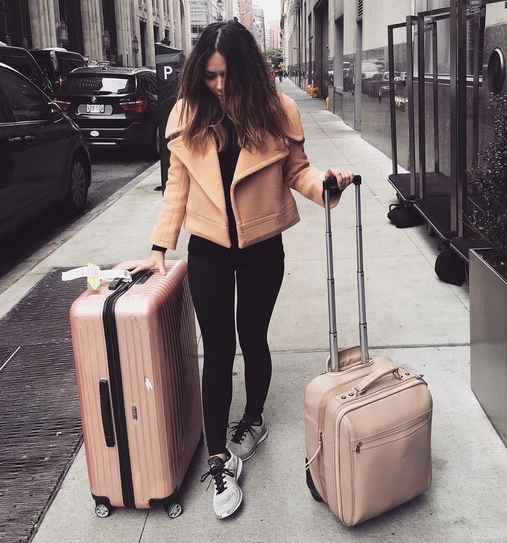NYC  LA ... Even my luggage is neutral // @chloe jacket @apl shoes @rimowa_official suitcase @longchamp carry on #travel_withme by marianna_hewitt