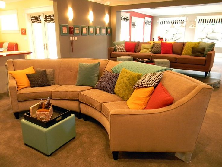 Would Love This In My Home.. Love The Curved Sofa.