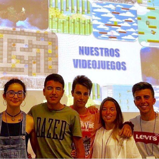 """Victoria Arróniz y Javier Abreu están de campus científicos. Campus Científico en la UAM-CSIC: """"En busca del nuevo Angry Birds: diseñando mi primer videojuego"""" #agussecitec18"""