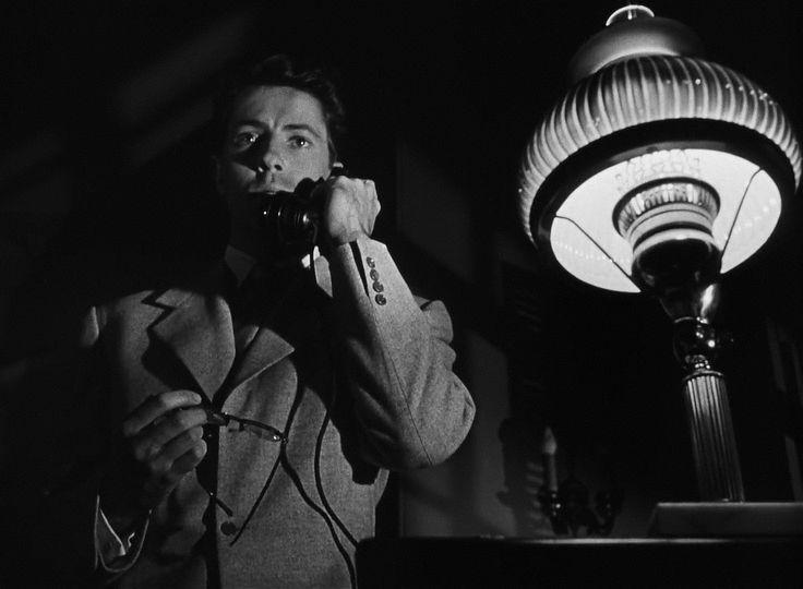 Strangers on a Train (1951) Alfred Hitchcock, Film Noir, Farley Granger