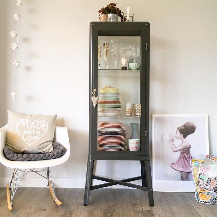Ikea 'Fabrikör' display cabinet @herein.spaziert