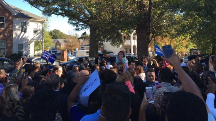 Hillary campaigns at early voting location ? in violation of NC law