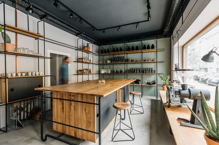 Felix Pöttinger Design - Freibad Showroom Interior Design