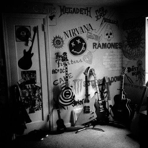 cual es tu banda favorita? #musica #canciones #rock #letras  @ ✿ Nirvana, Ramones, cake