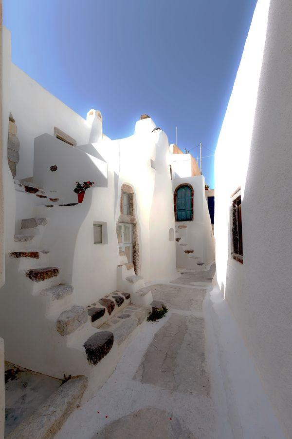 Between houses, Santorini, Greece