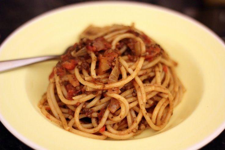 ... : Spaghetti Corkese (Spaghetti with Black Pudding & Tomato Sauce